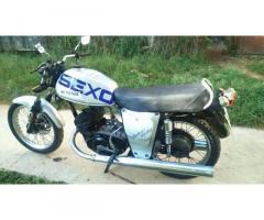 Vendo Moto en Perfectas condiciones en 3500 interesados llamar al 52926789