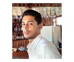 Me llamo Richard Rodriguez busco trabajo como bartender llamar al 53580265