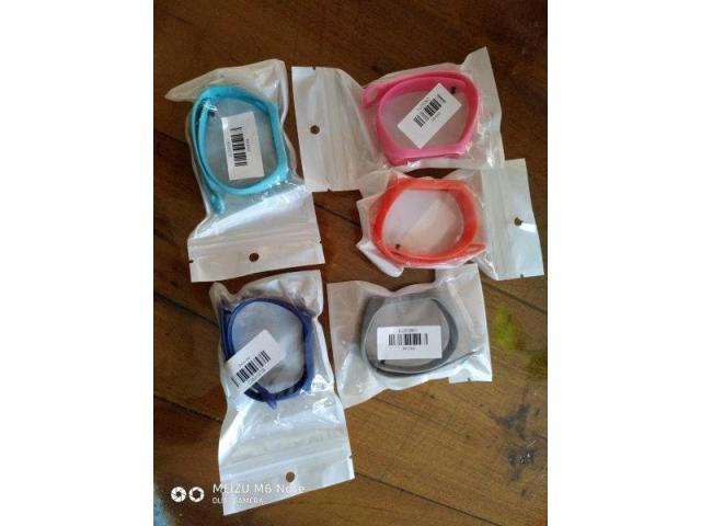 Xiaomi Mi Band 3 + 1 manilla de otro color