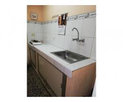Se vende apto 3 habitaciones en Calzada de Primelles, Cerro, La Habana. 58120604