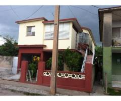 Se venden o se permutan para la Habana DOS CASAS, independientes, en Camagüey