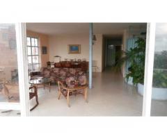 RENTO 168m2 EN PENTHOUSE CERCA DE HOTEL HABANA LIBRE 78309587 JAQUELINE